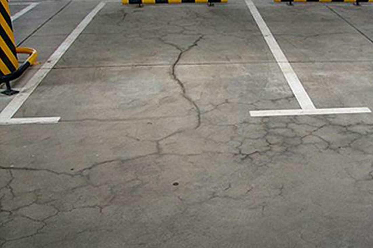 Выравнивание и стабилизация бетонных полов торгово-развлекательных центров